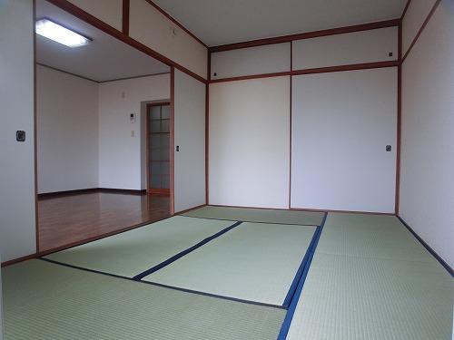 工藤ビル / 102号室和室