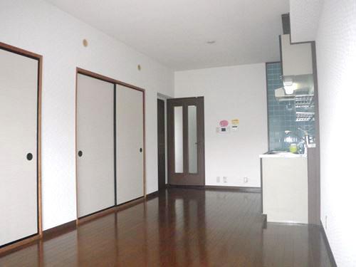 レジデンス・ウィステリア24 / 301号室キッチン