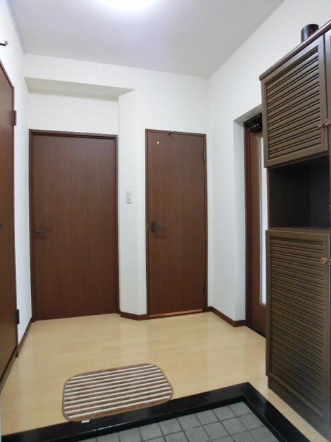 レジデンス・ウィステリア24 / 307号室玄関