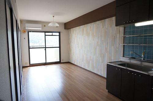 レジデンス・ウィステリア24 / 405号室キッチン