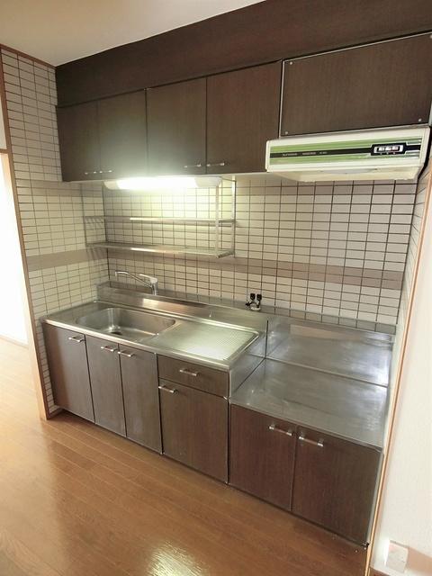 プレミール須恵 / 305号室洋室
