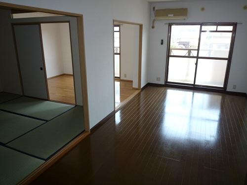博多の森南 / 106号室リビング