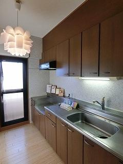 サンヒルズTAKEDAⅡ / 402号室キッチン