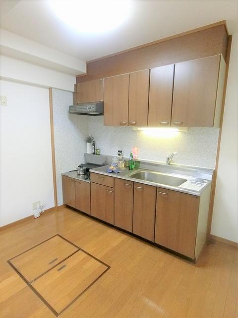 カーサ宮の前 / 103号室キッチン