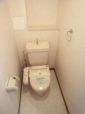 カーサ宮の前 / 201号室トイレ