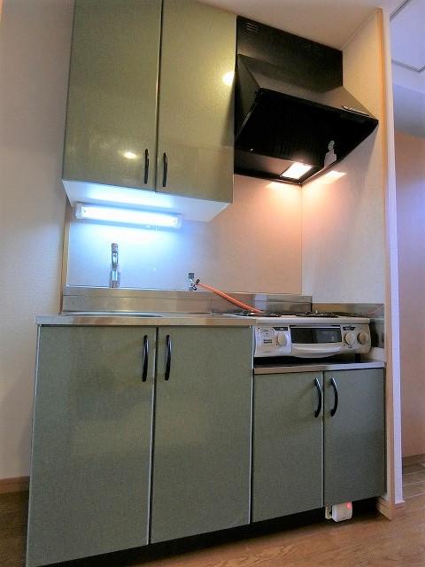 クリア吉塚 / 303号室キッチン
