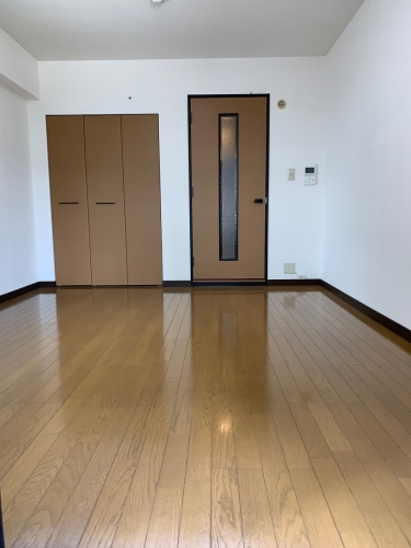 スクレーパー東 / 203号室リビング