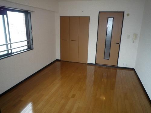 スクレーパー東 / 301号室リビング