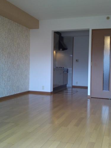 リヴェール高田 / 207号室リビング