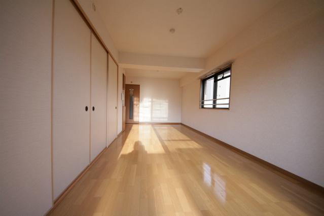 シャトレ東 / 302号室リビング