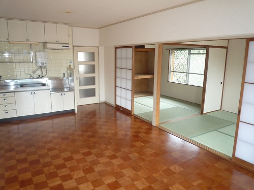 筑紫ビル / 401号室リビング
