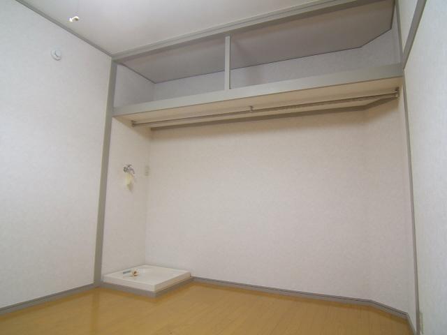 柴田ビル / 303号室
