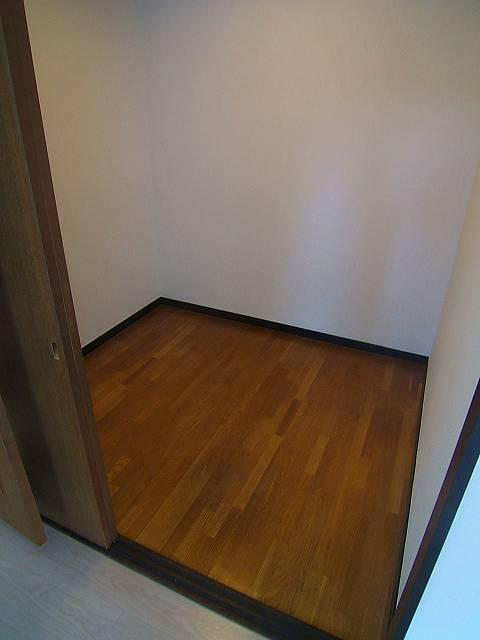 コープセンタービレッジ / 201号室収納