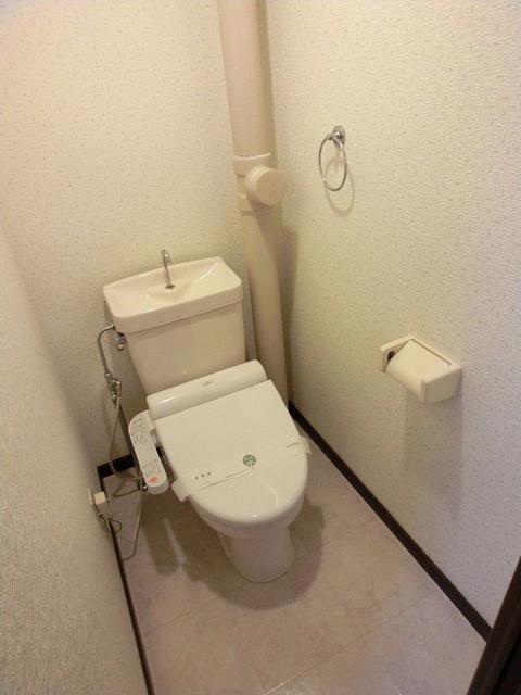 ライラックヒルズ空港前 / 203号室トイレ