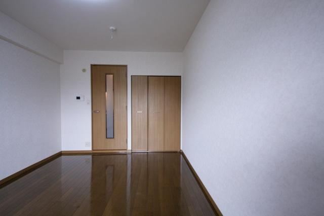 サークルフロント / 102号室洋室