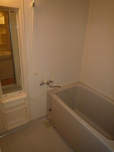 セトル吉塚 / 302号室