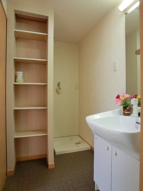 ブラン・ネージュ / 102号室その他部屋・スペース