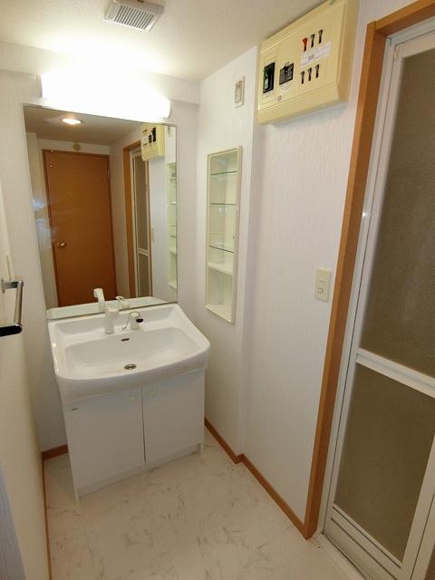 スターマイン / 302号室洗面所