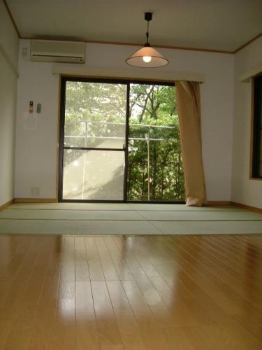 パークサイド黒川 / 101号室