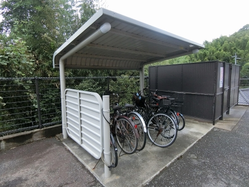 レジデンス秋根 / 201号室駐輪場