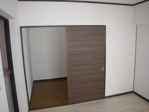 レジデンス牛房 / 105号室収納