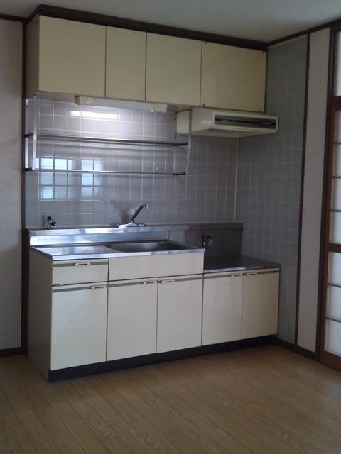 サンハイツKUDO / 201号室キッチン