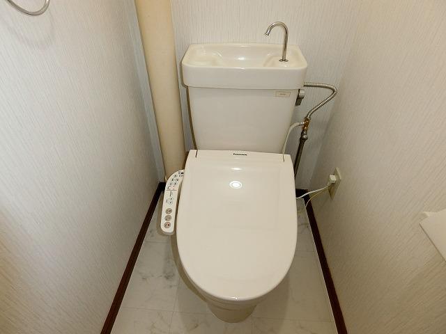 ファミール篠栗 / 103号室トイレ