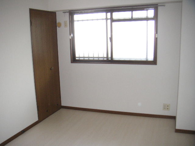 タウンコート志免 / 605号室洋室
