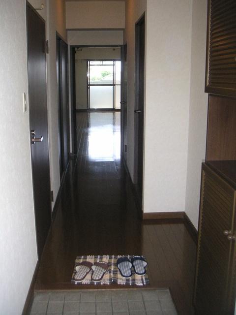 フレスコ'93 / 401号室玄関
