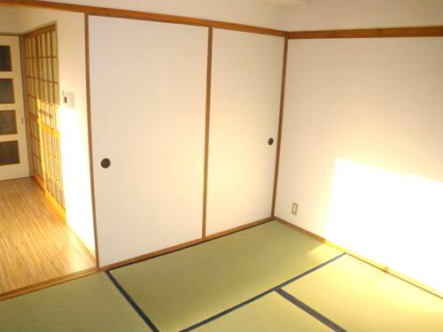 シティハイツ篠栗 / 305号室