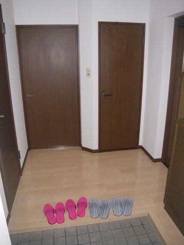 レジデンス・ウィステリア24 / 407号室玄関
