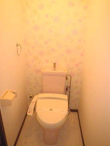 エースワン粕屋 / 203号室トイレ
