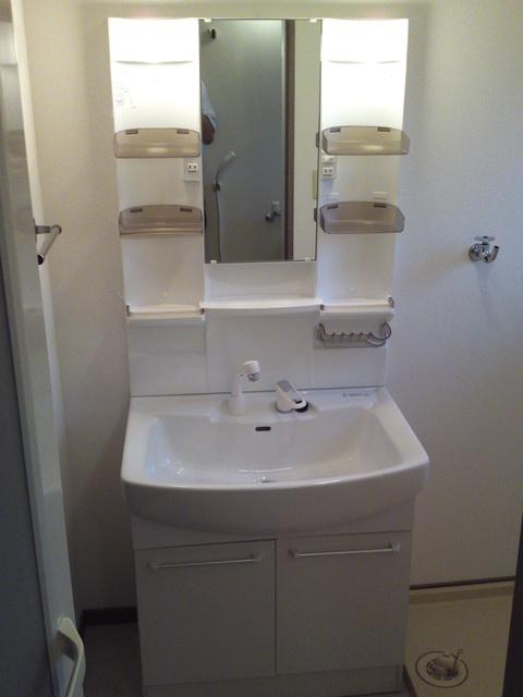 メロディハイツ戸原 / A-203号室洗面所