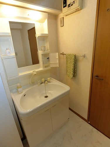 カーサ宮の前 / 303号室洗面所