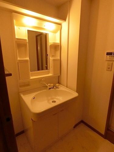 カーサ宮の前 / 702号室洗面所