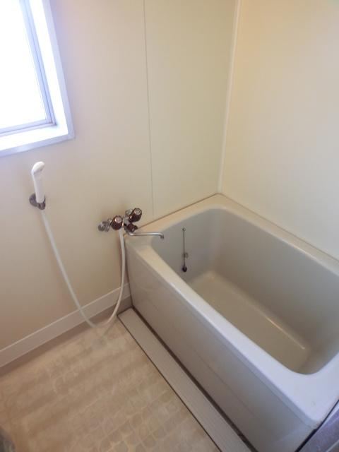 エステート篠栗 / 101号室キッチン