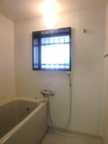 ルミエール・アーサ / 301号室玄関