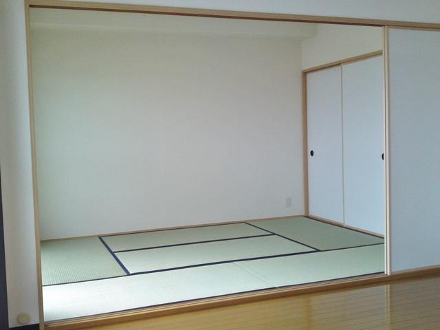 アイビーハイツⅡ / 401号室和室