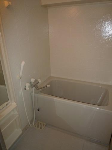 メゾン・ド・ソレイユ / 401号室キッチン