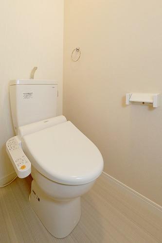 ソアレ空港通り / 402号室トイレ