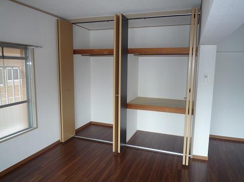 コーポラス梅津 / 201号室収納