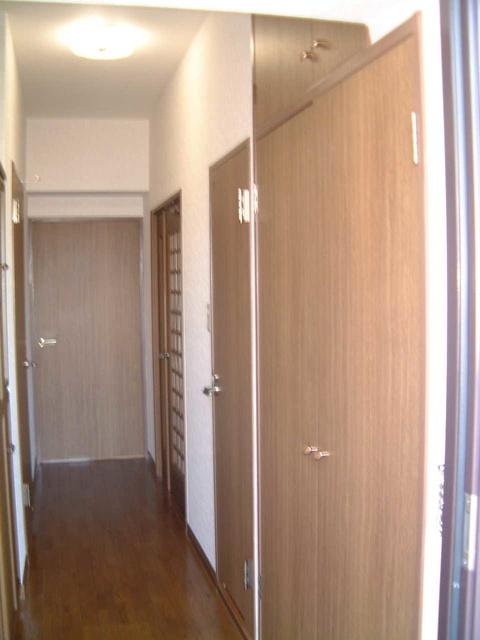 ソフィア'92 / 402号室玄関
