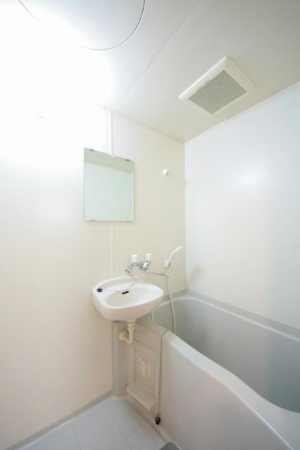 サークルフロント / 105号室洗面所