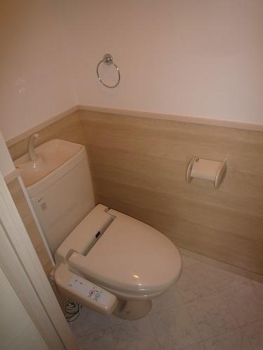 カーム ヴィラ / 303号室トイレ