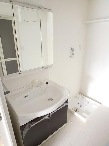 プリマベーラ. / 603号室洗面所