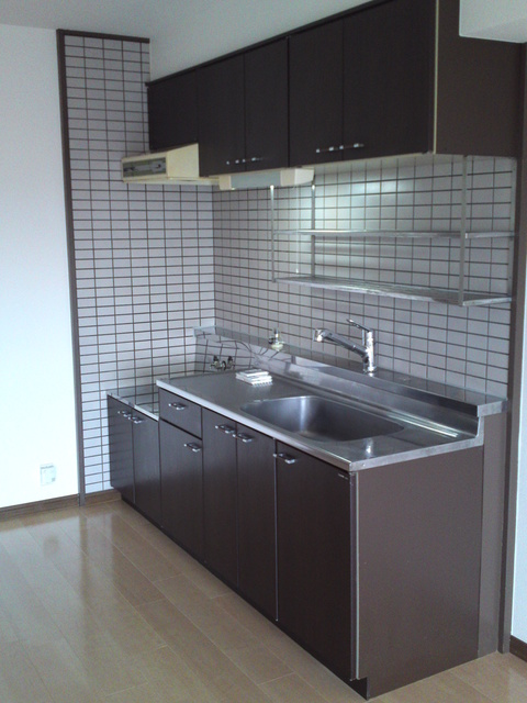 エミネンス'92 / 302号室キッチン