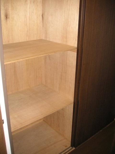 フレスコ'93 / 401号室収納