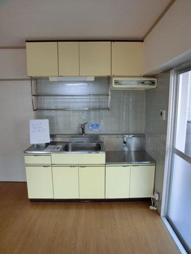 シティハイツ篠栗 / 301号室キッチン