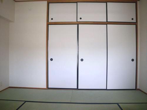 レジデンス・ウィステリア24 / 407号室収納
