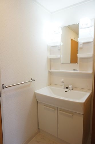 サンハイム / 302号室洗面所